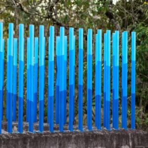 Cerramiento piscina azul