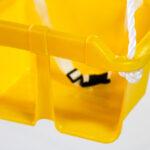 Columpio bebe amarillo detalle